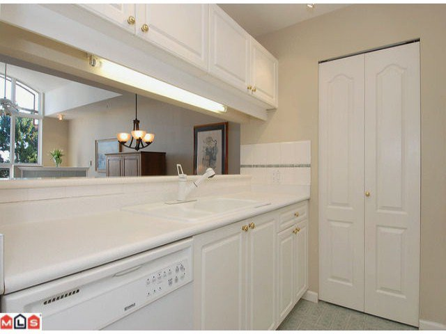 """Photo 6: Photos: PH21 1588 BEST Street: White Rock Condo for sale in """"THE MONTEREY"""" (South Surrey White Rock)  : MLS®# F1209031"""