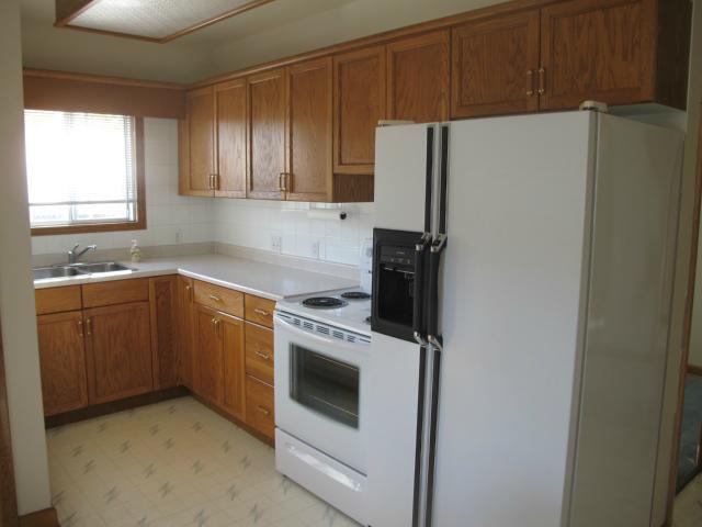 Photo 4: Photos:  in WINNIPEG: East Kildonan Residential for sale (North East Winnipeg)  : MLS®# 1220197