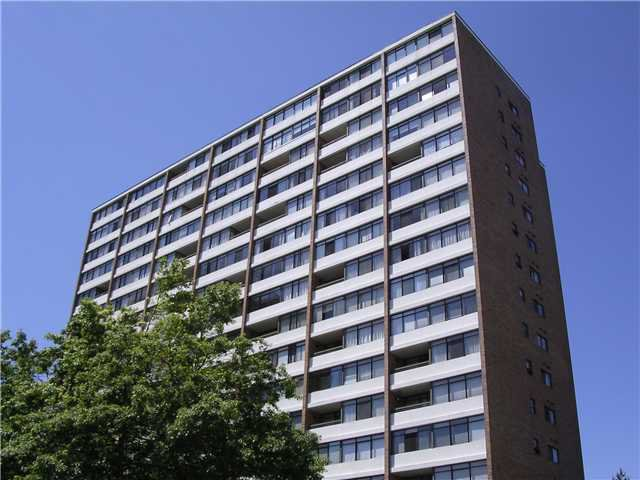"Main Photo: 209 6611 MINORU Boulevard in Richmond: Brighouse Condo for sale in ""REGENCY PARK TOWERS"" : MLS®# V1015468"