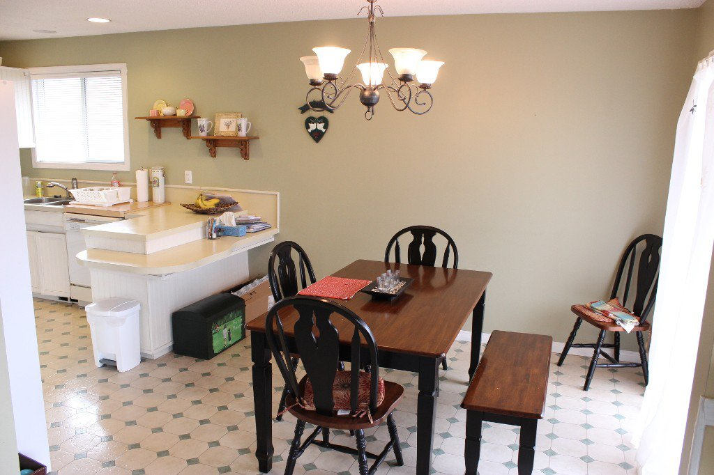 Photo 5: Photos: 631 Cambridge Crescent in Kamloops: Brocklehurst House for sale : MLS®# 119354