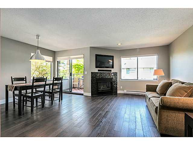 Main Photo: 8 2133 ST. GEORGES Avenue in North Vancouver: Townhouse for sale : MLS®# V1101353