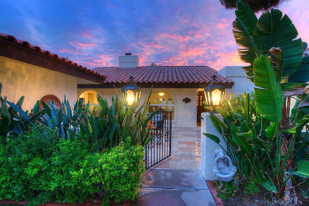 Photo 2: Photos: 8153 E Del Barquero Drive in Scottsdale: McCormick Ranch House for sale : MLS®# 5544424
