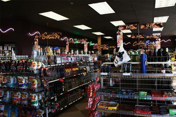 Photo 4: Photos: Liquor store in Surrey: Commercial for sale (Surrey)