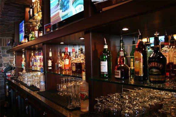 Photo 6: Photos: Liquor store in Surrey: Commercial for sale (Surrey)
