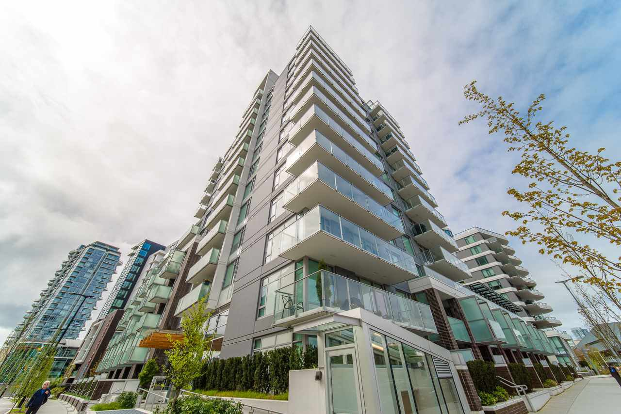 Main Photo: 206 1661 QUEBEC STREET in Vancouver: Mount Pleasant VE Condo for sale (Vancouver East)  : MLS®# R2360687