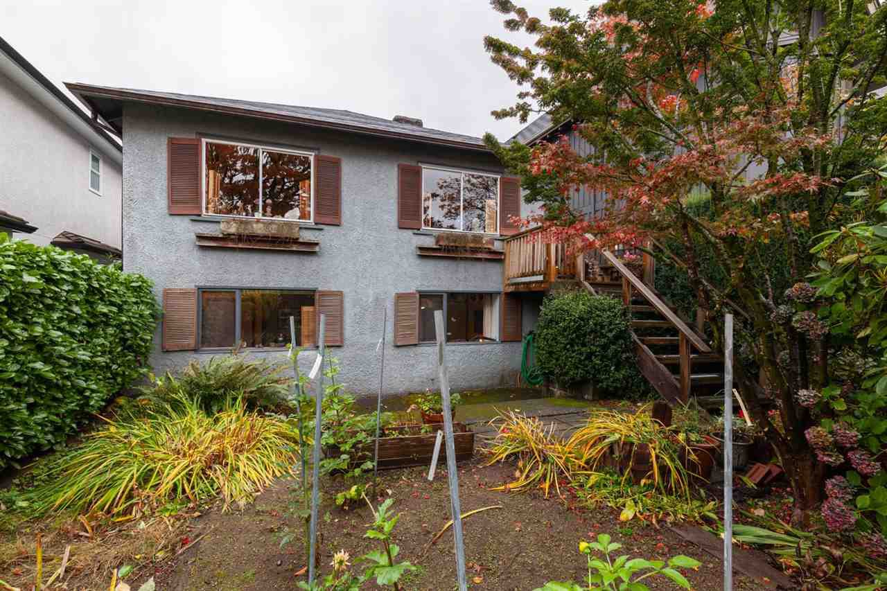 Main Photo: 3406 W 29TH Avenue in Vancouver: Dunbar House for sale (Vancouver West)  : MLS®# R2414825