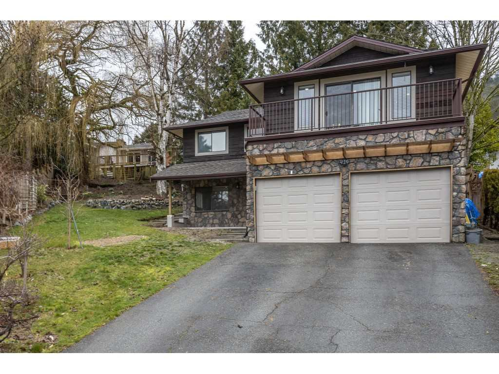 Main Photo: 34915 MCCABE Place in Abbotsford: Abbotsford East House for sale : MLS®# R2440742