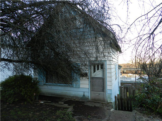 Main Photo: 408 WILSON Street in New Westminster: Sapperton House for sale : MLS®# V984985