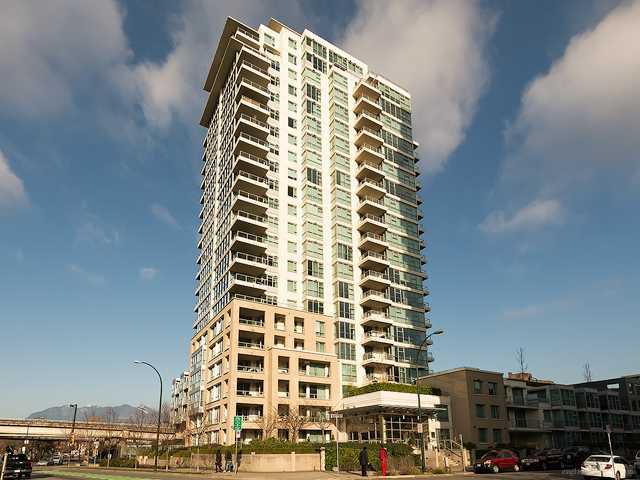Main Photo: 112 125 Milross Street in Vancouver: Condo for sale (Vancouver East)  : MLS®# V1042671
