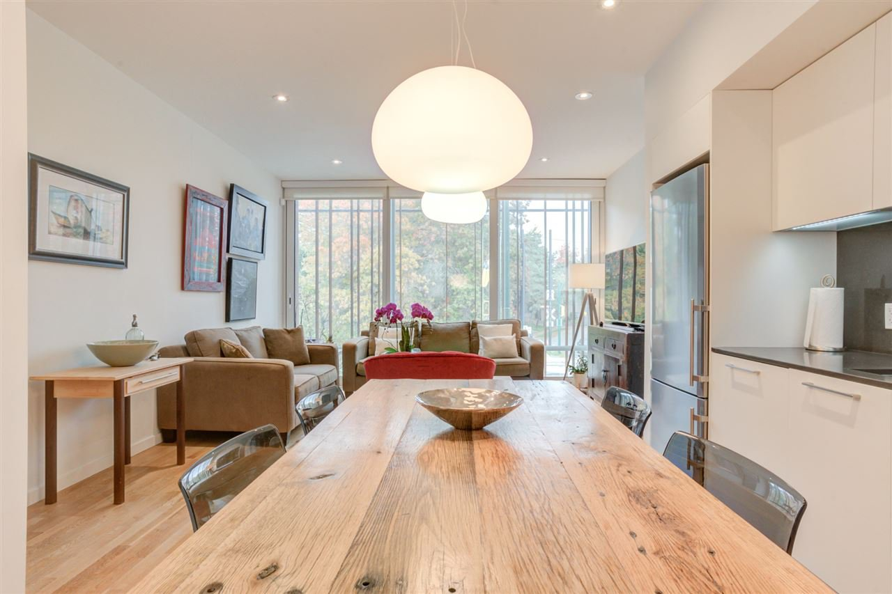 """Main Photo: 2208 WILLOW Street in Vancouver: Fairview VW Townhouse for sale in """"6TH + STEEL"""" (Vancouver West)  : MLS®# R2412680"""