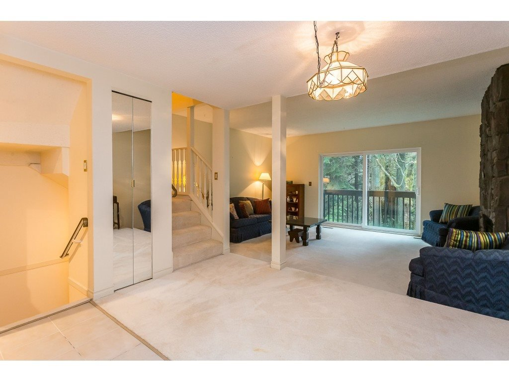 "Photo 5: Photos: 21 MERCIER Road in Port Moody: North Shore Pt Moody Townhouse for sale in ""SENTINEL HILL"" : MLS®# R2421909"