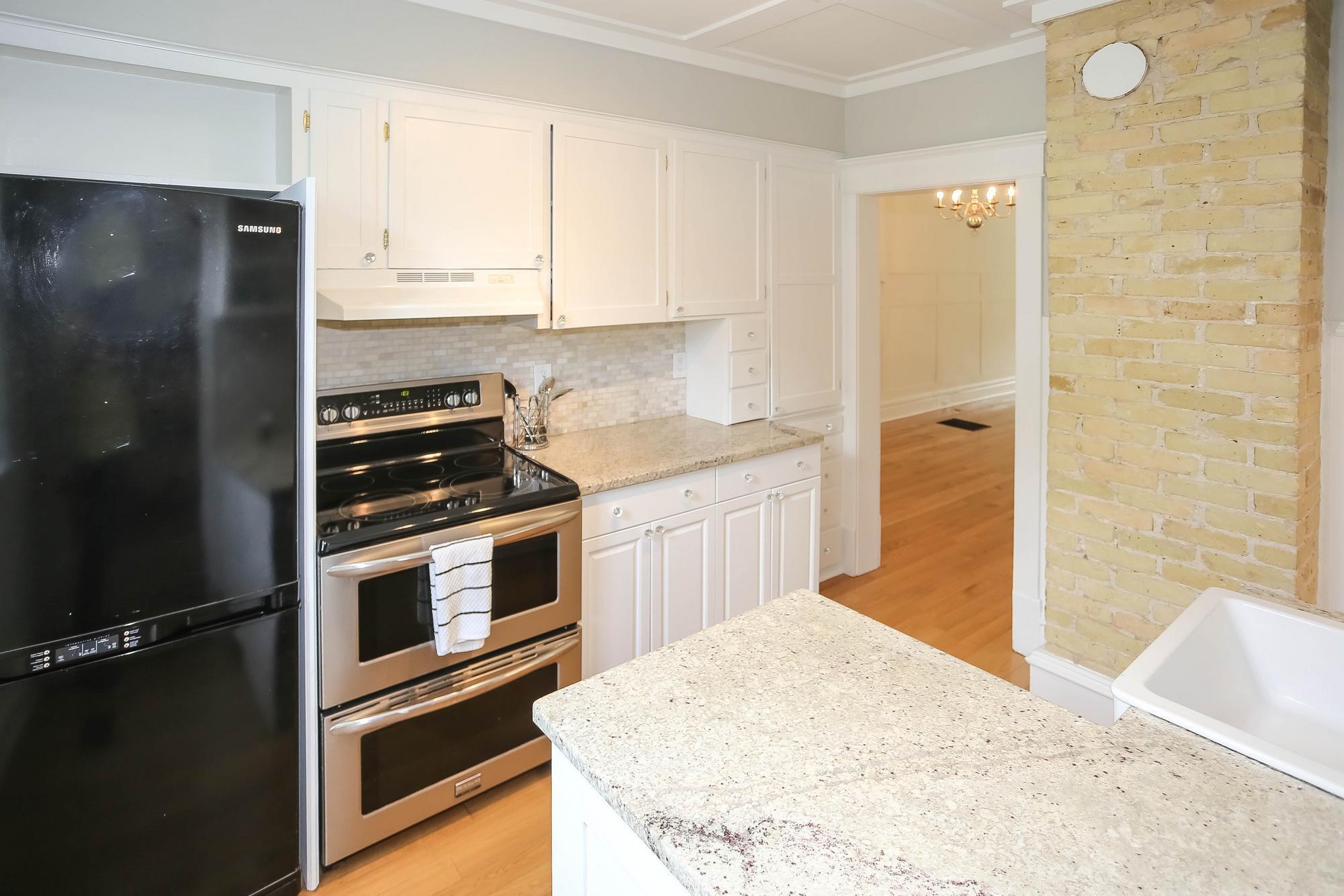 Photo 14: Photos: 108 LENORE Street in Winnipeg: Wolseley Single Family Detached for sale (5B)  : MLS®# 202013079