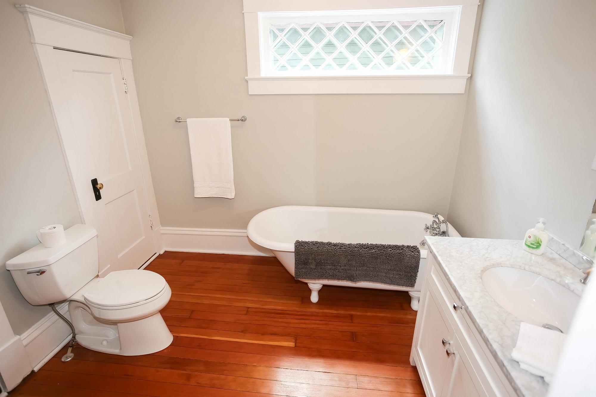 Photo 24: Photos: 108 LENORE Street in Winnipeg: Wolseley Single Family Detached for sale (5B)  : MLS®# 202013079