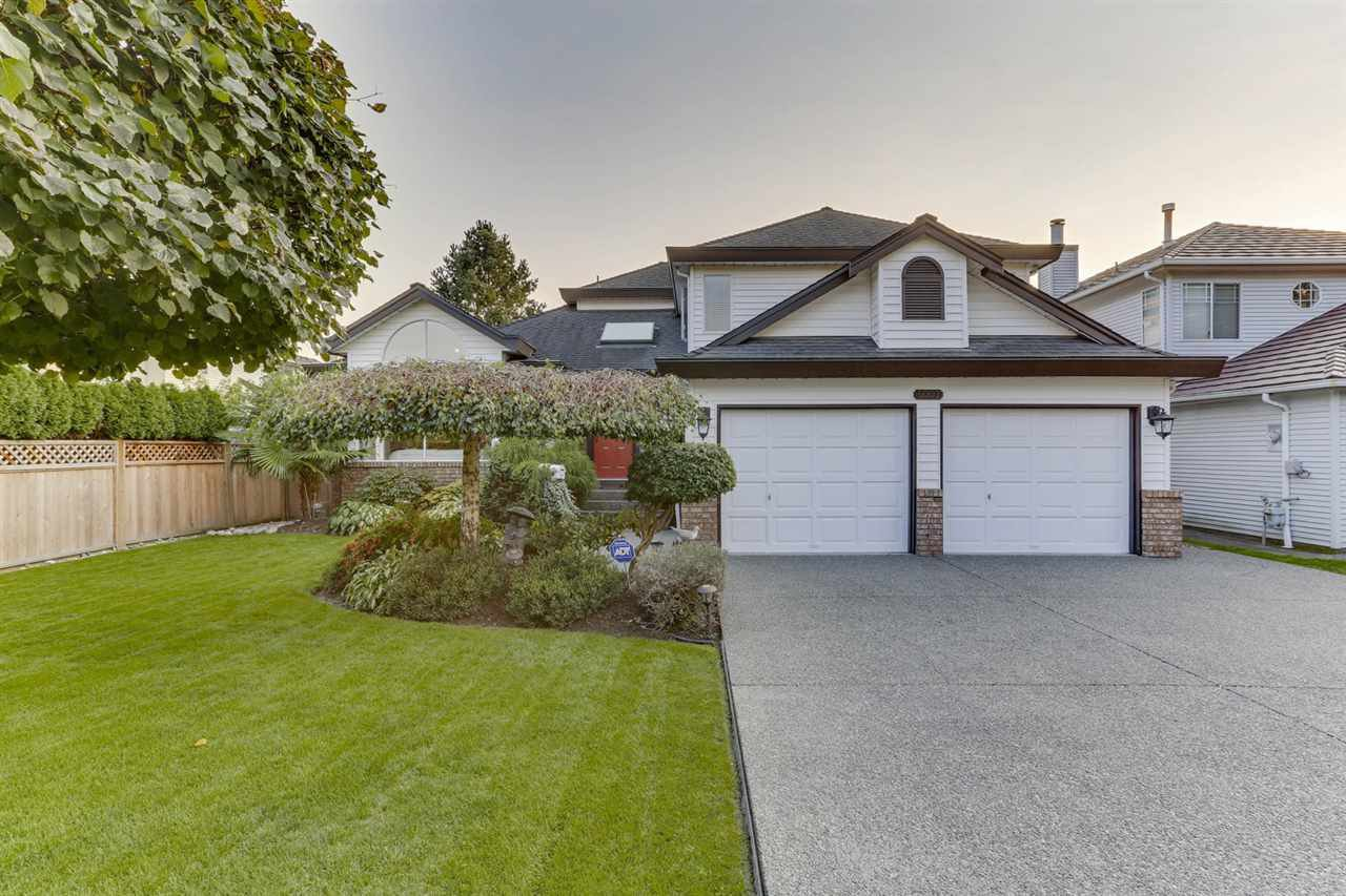 """Main Photo: 5007 LINDEN Drive in Delta: Hawthorne House for sale in """"HAWTHORNE"""" (Ladner)  : MLS®# R2504509"""