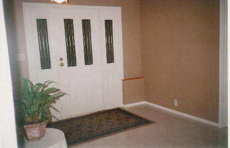 Photo 12: Photos: Family Home With Room To roam