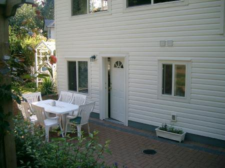 Photo 25: Photos: Family Home With Room To roam