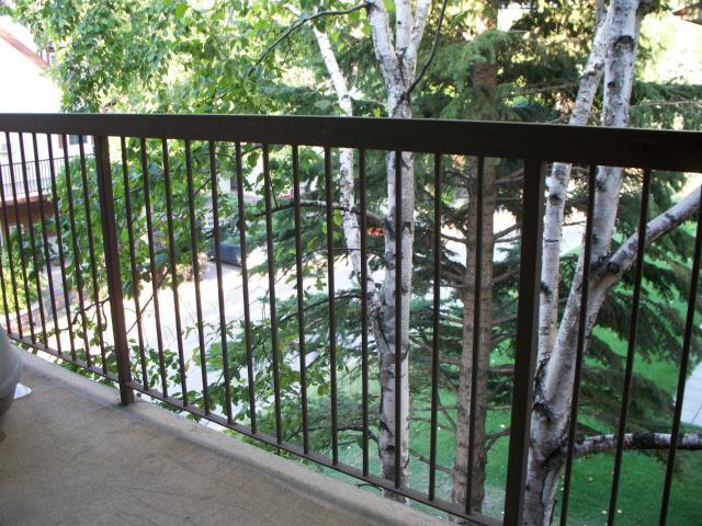Photo 11: Photos: 650 Kenaston Boulevard in WINNIPEG: River Heights / Tuxedo / Linden Woods Condominium for sale (South Winnipeg)  : MLS®# 1218281