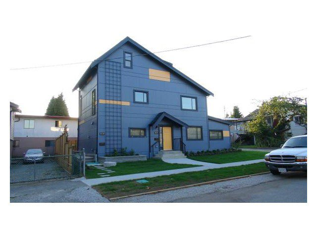 Main Photo: 5837- 5839 QUEBEC Street in Vancouver: Main House for sale (Vancouver East)  : MLS®# V1024922