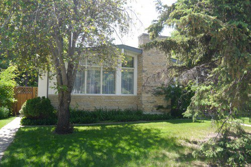 Main Photo: 606 Townsend Avenue in Winnipeg: Fort Richmond Single Family Detached for sale (South Winnipeg)  : MLS®# 1425635