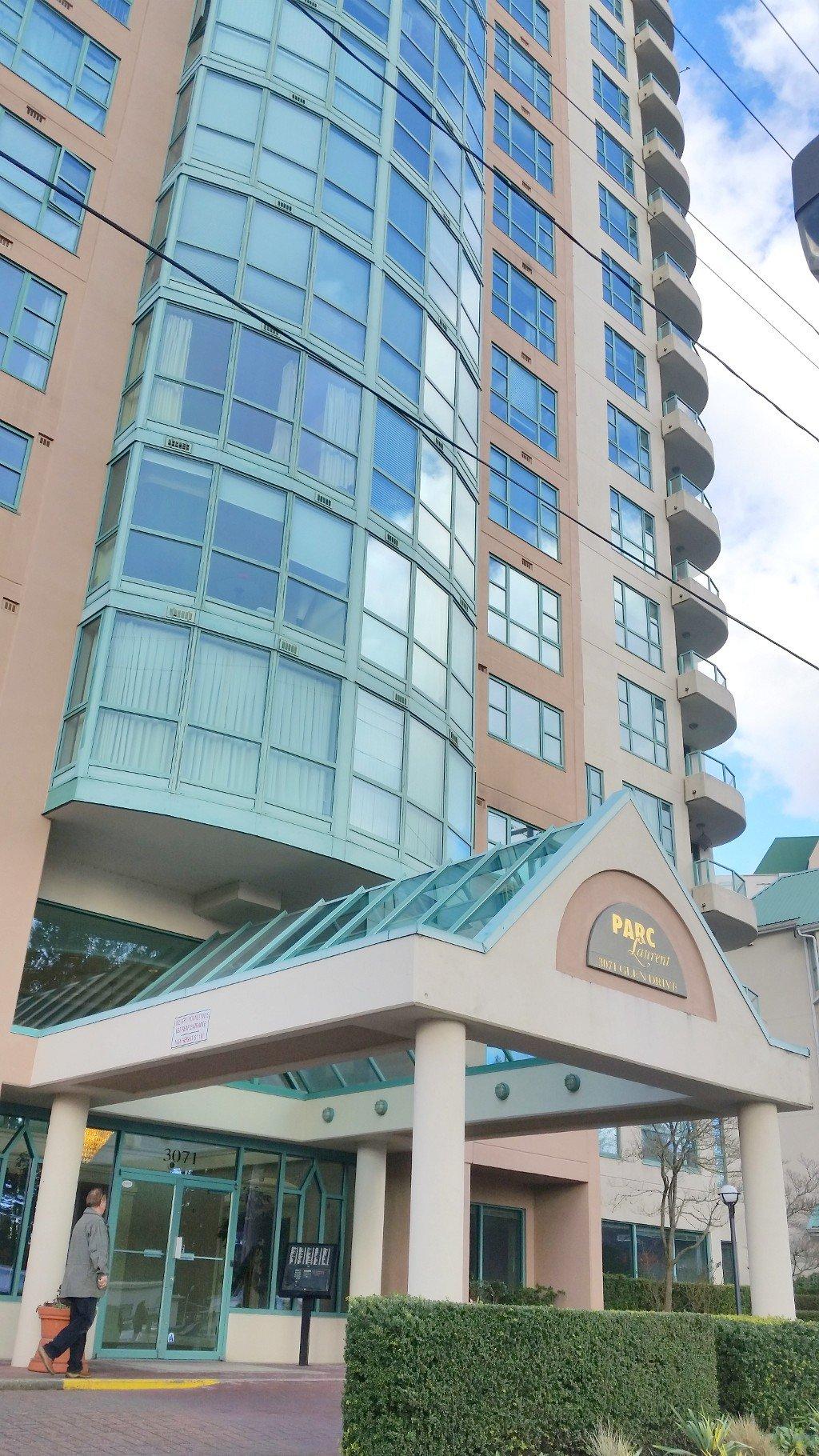 Main Photo: 202 3071 Glen Drive in Coquitlam: North Coquitlam Condo for sale : MLS®# R2039109