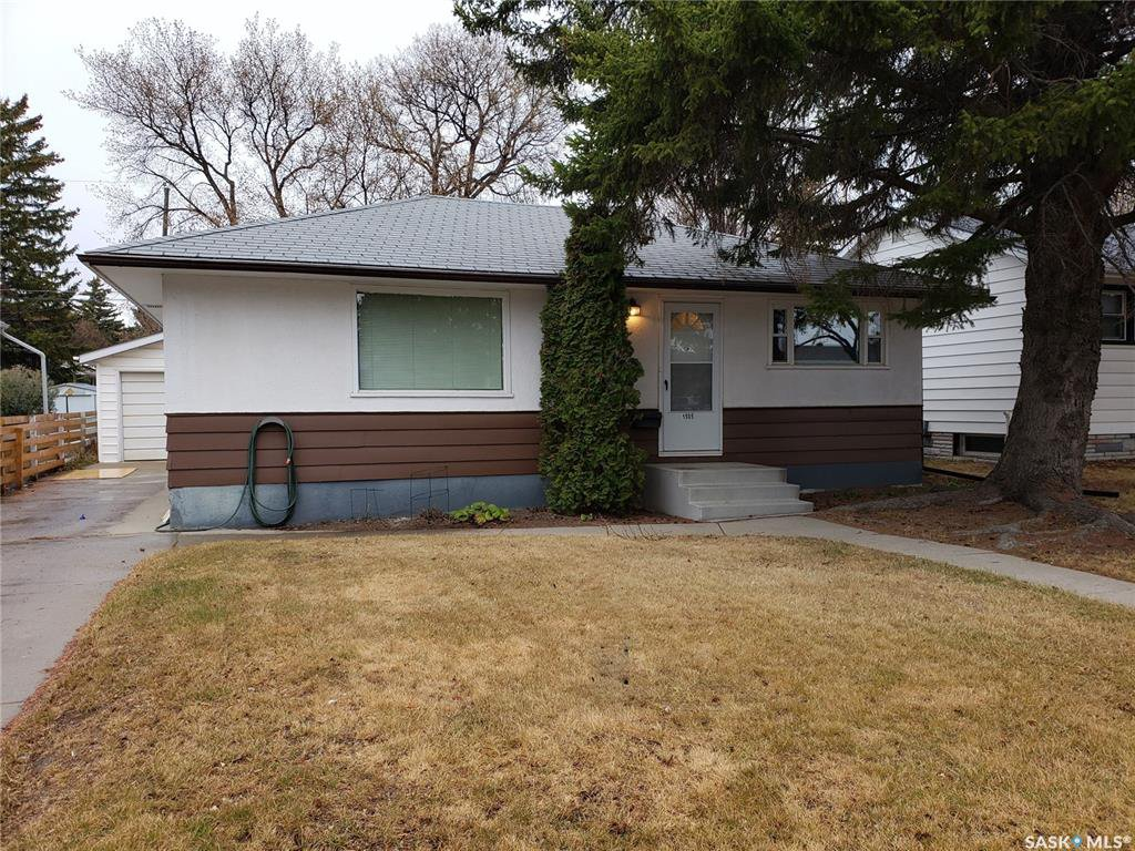 Main Photo: 1505 Cumberland Avenue South in Saskatoon: Holliston Residential for sale : MLS®# SK792983