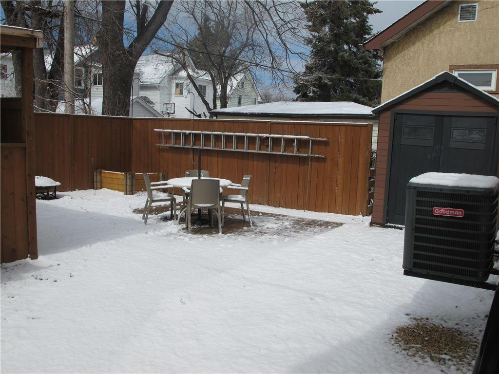 Photo 5: Photos:  in Winnipeg: Polo Park Residential for sale (5C)  : MLS®# 202007556