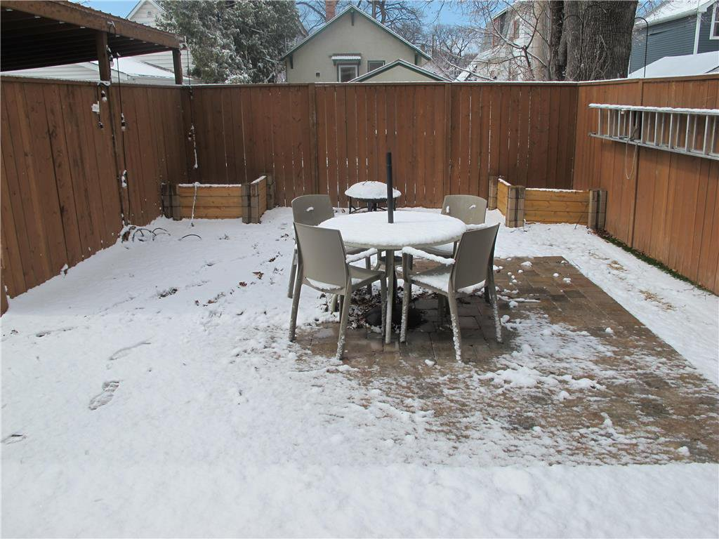 Photo 7: Photos:  in Winnipeg: Polo Park Residential for sale (5C)  : MLS®# 202007556
