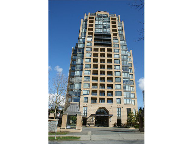 "Main Photo: 704 7368 SANDBORNE Avenue in Burnaby: South Slope Condo for sale in ""MAYFAIR PLACE"" (Burnaby South)  : MLS®# V994749"