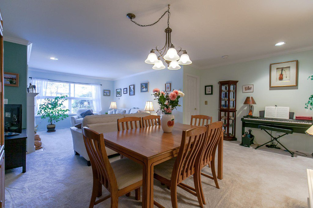 Photo 14: Photos: #103 20381 96 Ave in Langley: Walnut Grove Condo for sale : MLS®# Exclusive