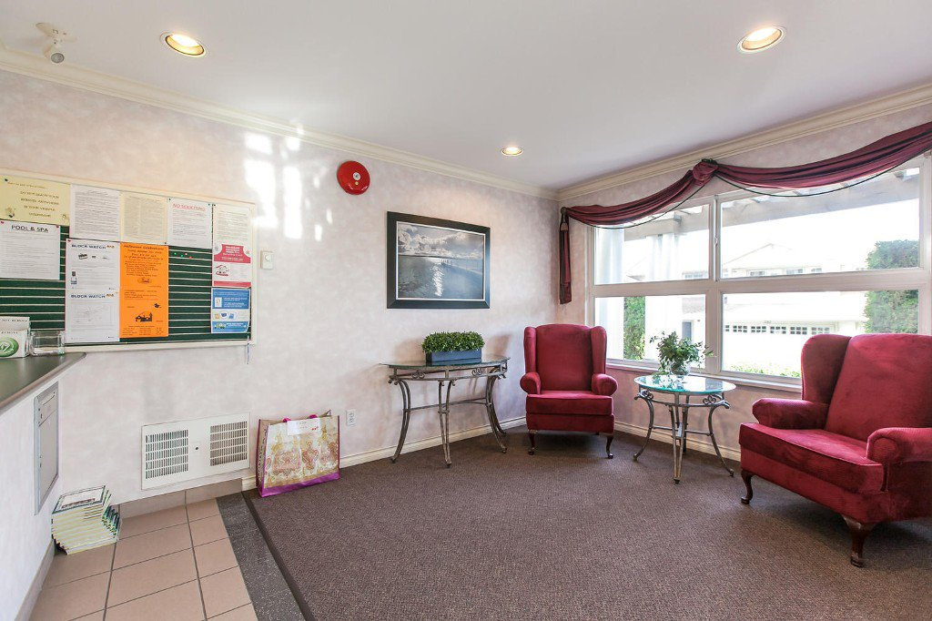 Photo 5: Photos: #103 20381 96 Ave in Langley: Walnut Grove Condo for sale : MLS®# Exclusive