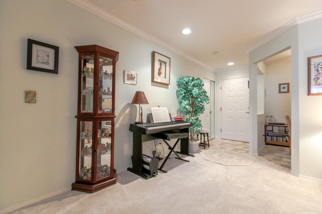 Photo 6: Photos: #103 20381 96 Ave in Langley: Walnut Grove Condo for sale : MLS®# Exclusive