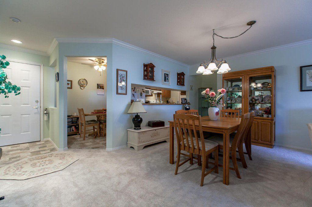 Photo 12: Photos: #103 20381 96 Ave in Langley: Walnut Grove Condo for sale : MLS®# Exclusive