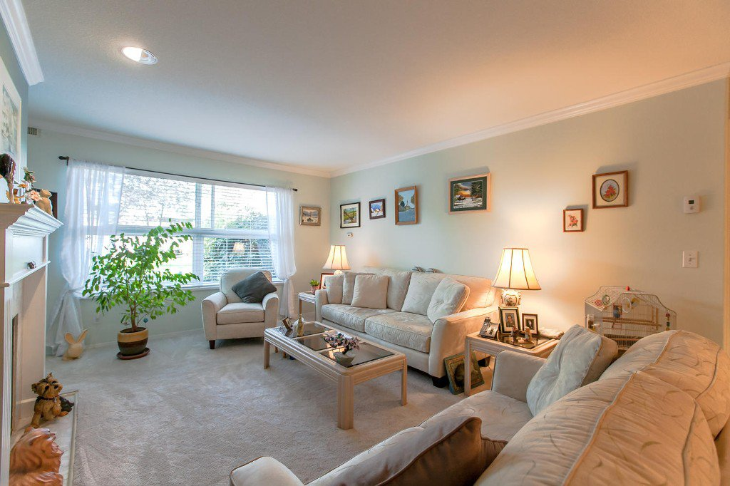 Photo 8: Photos: #103 20381 96 Ave in Langley: Walnut Grove Condo for sale : MLS®# Exclusive