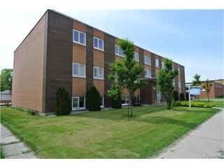 Main Photo: 1 330 St. Anne's Road in Winnipeg: Residential for sale (St. Vital)  : MLS®# 1520745