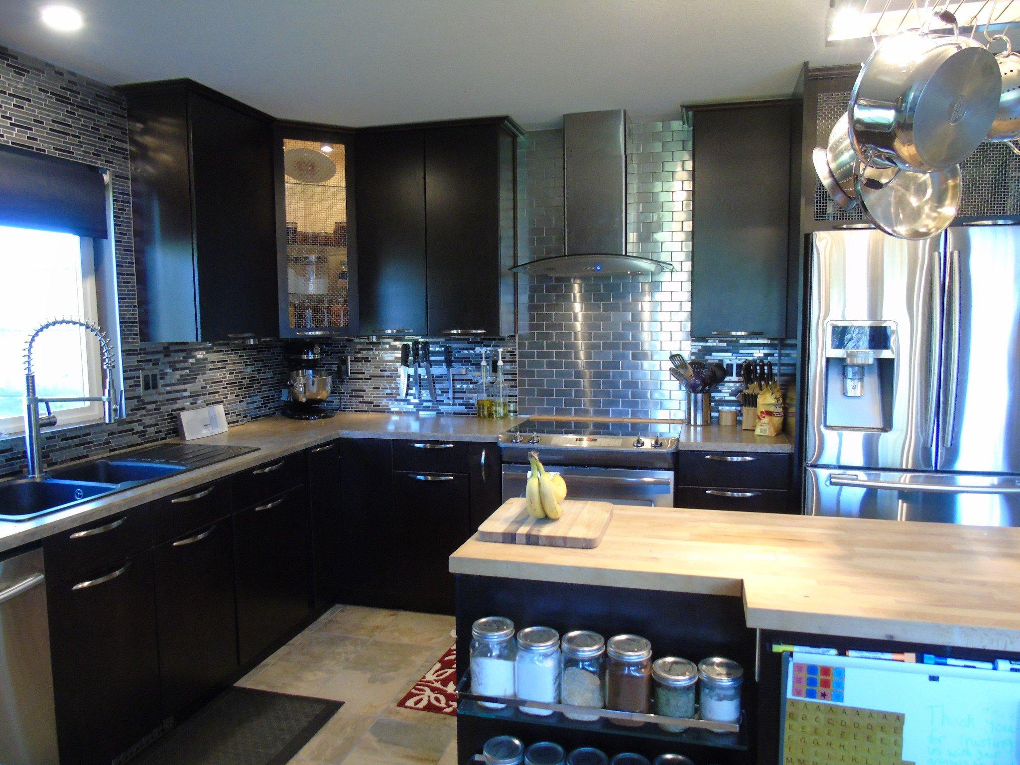 Photo 5: Photos: 6490 Barnhartvale Road in Kamloops: Barnhartvale House for sale : MLS®# New
