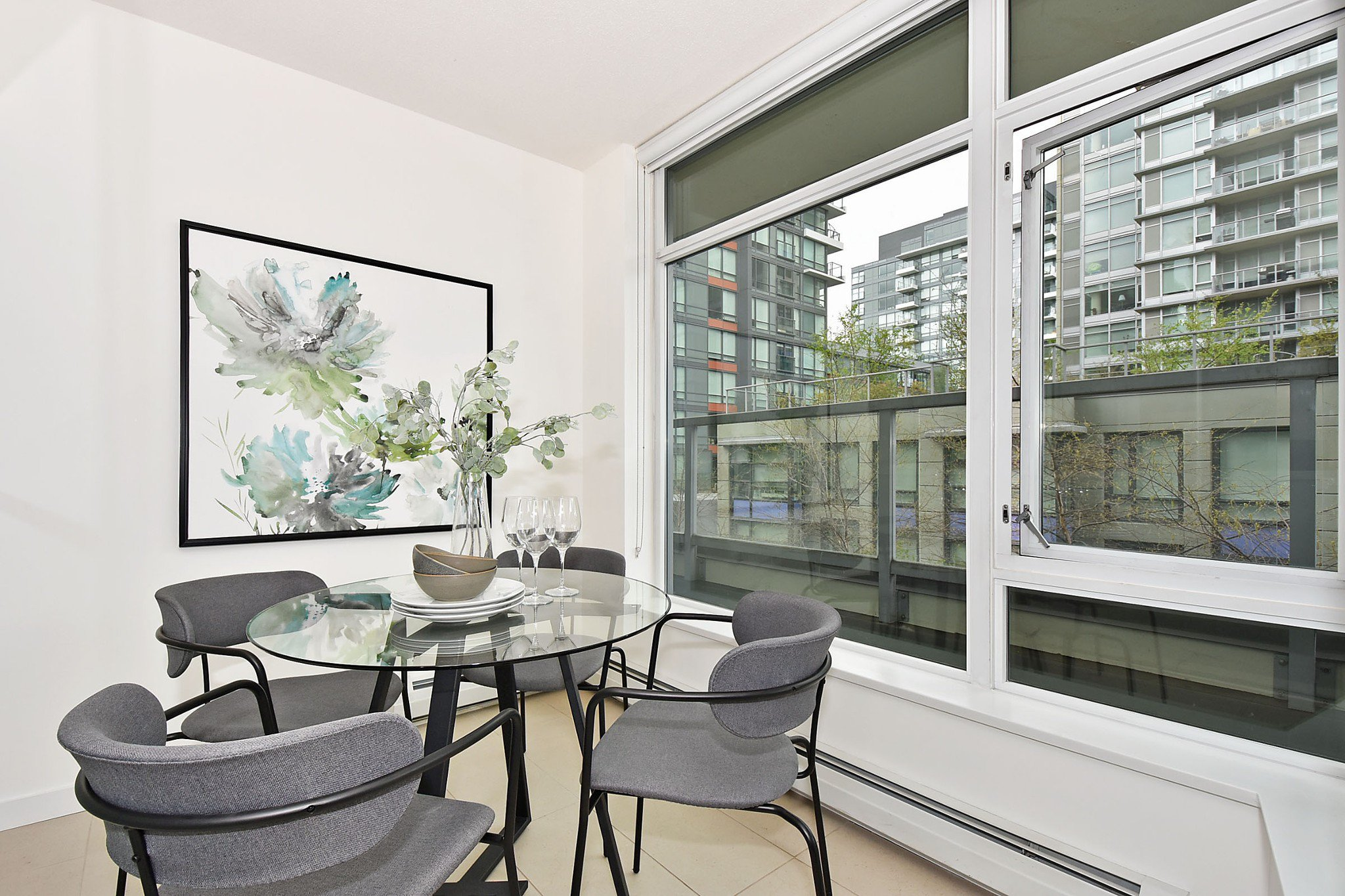 Photo 10: Photos: 306 138 W 1ST AVENUE in Vancouver: False Creek Condo for sale (Vancouver West)  : MLS®# R2360592