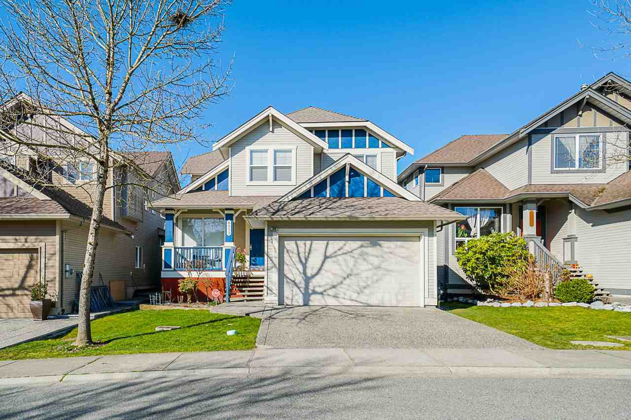 "Main Photo: 6955 196A Street in Langley: Willoughby Heights House for sale in ""Camden Park"" : MLS®# R2446076"