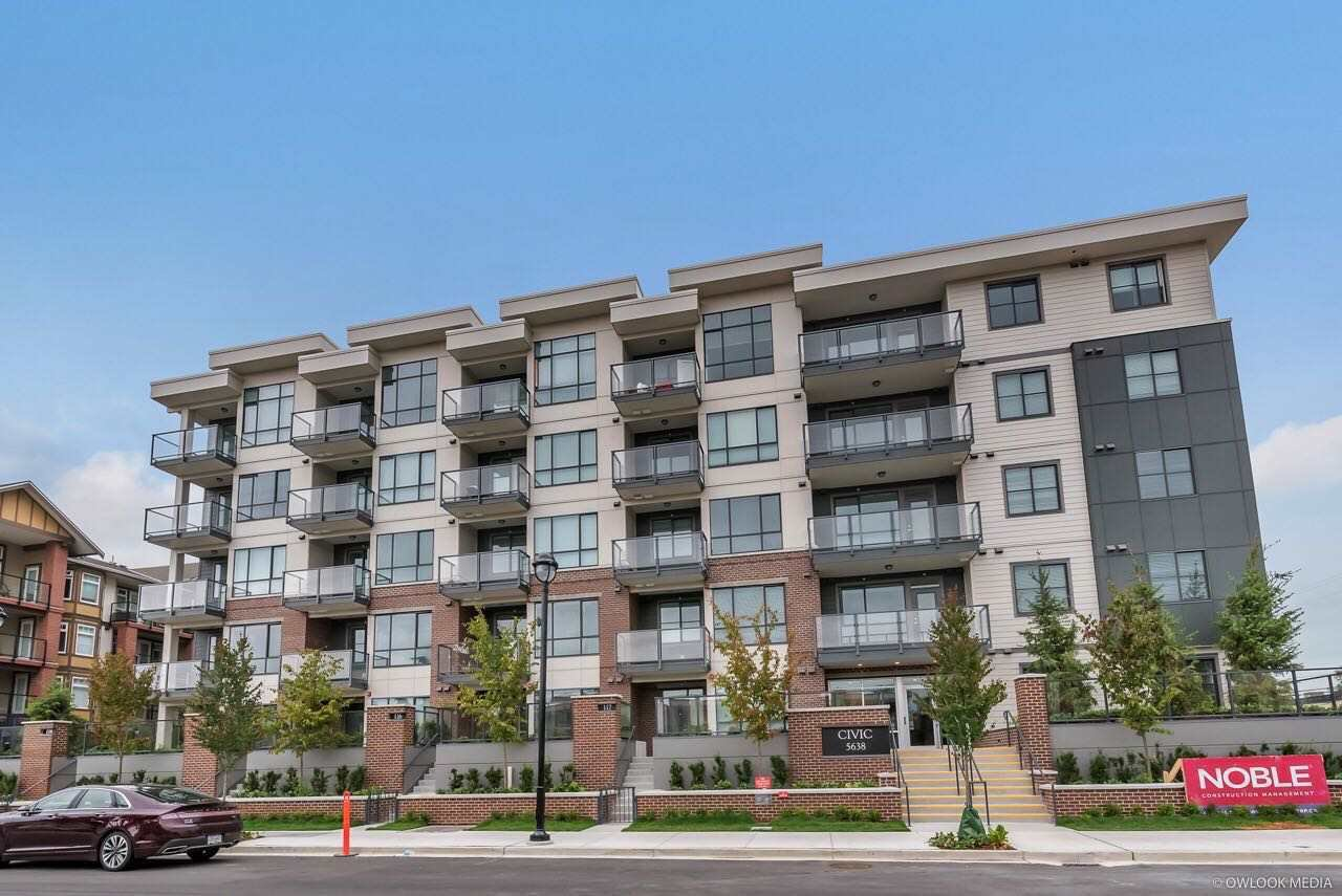 Main Photo: 103 5638 201A Avenue in Langley: Langley City Condo for sale : MLS®# R2481595