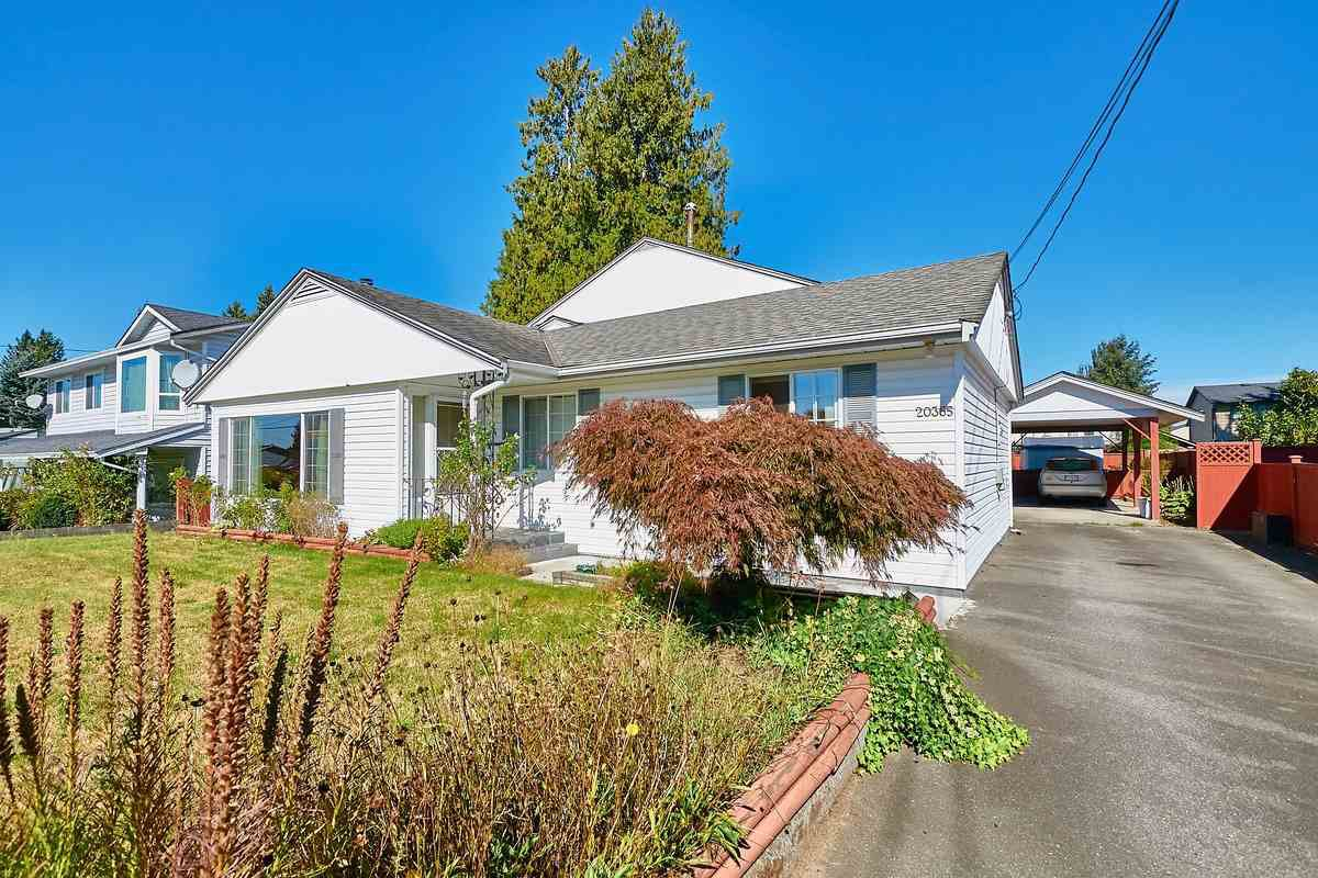 Main Photo: 20365 116 Avenue in Maple Ridge: Southwest Maple Ridge House for sale : MLS®# R2516825