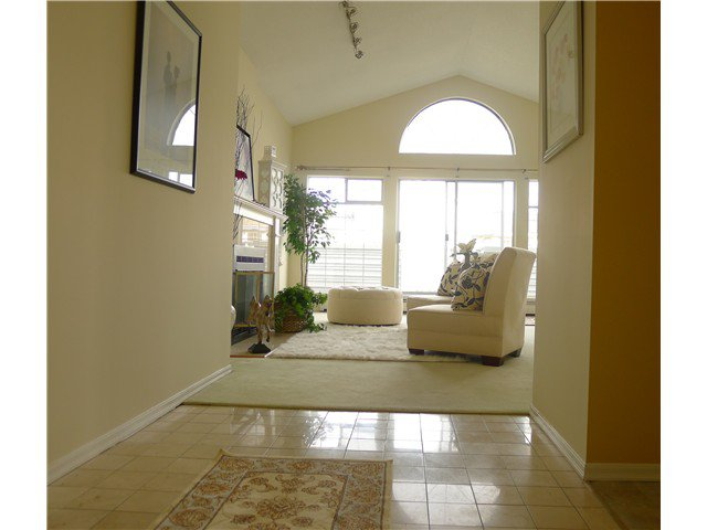 "Main Photo: 305 7660 MINORU Boulevard in Richmond: Brighouse South Condo for sale in ""BENTLEY WYND"" : MLS®# V937431"