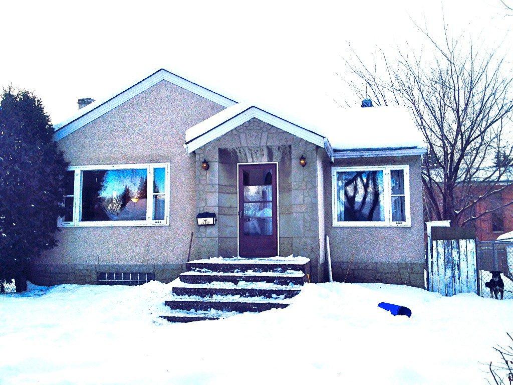 Main Photo: 11938 64 Street NW: Edmonton House for sale : MLS®# E3359660