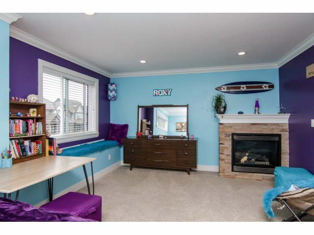 """Photo 12: Photos: 7820 211B Avenue in Langley: Willoughby Heights House for sale in """"YORKSON SOUTH"""" : MLS®# F1418257"""