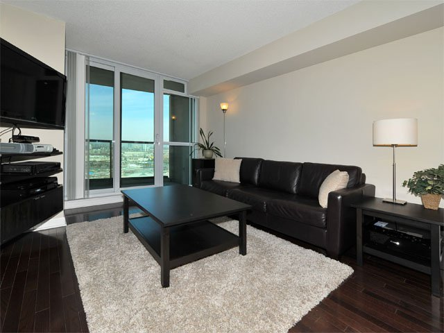 Photo 5: Photos: 2009 235 Sherway Gardens Road in Toronto: Islington-City Centre West Condo for sale (Toronto W08)  : MLS®# W2789249