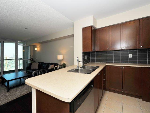Photo 4: Photos: 2009 235 Sherway Gardens Road in Toronto: Islington-City Centre West Condo for sale (Toronto W08)  : MLS®# W2789249