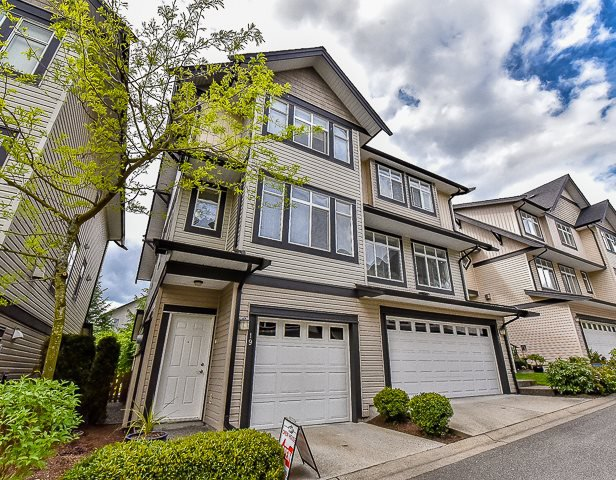Main Photo: 19 19932 70 Avenue in Langley: Willoughby Heights Townhouse for sale : MLS®# r2059319