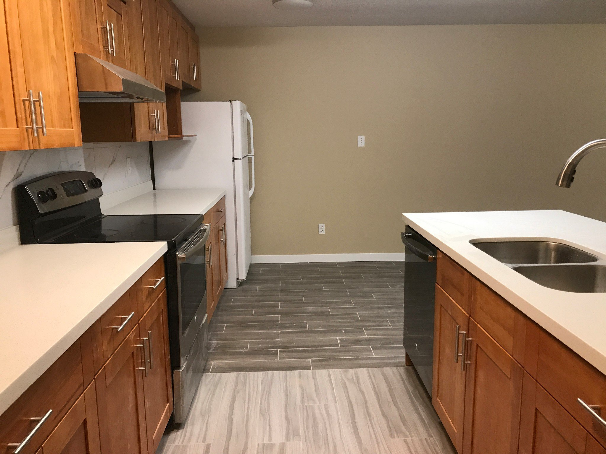 Photo 5: Photos: #309 2130 McKenzie Rd. in Abbotsford: Central Abbotsford Condo for rent