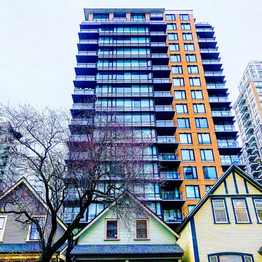 Main Photo: 505 1088 Richards Street: Condo for sale