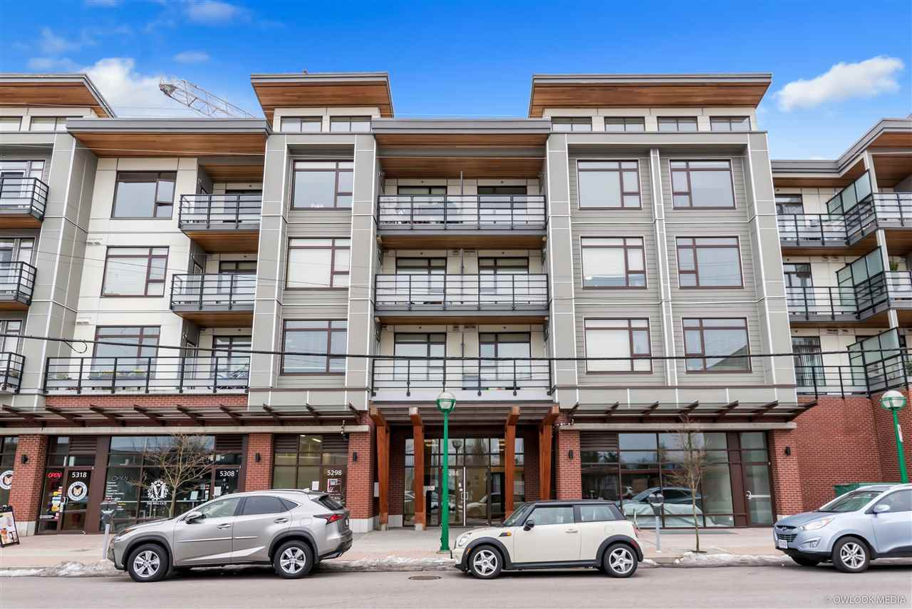 Main Photo: 301 5288 GRIMMER STREET in Burnaby: Metrotown Condo for sale (Burnaby South)  : MLS®# R2352571