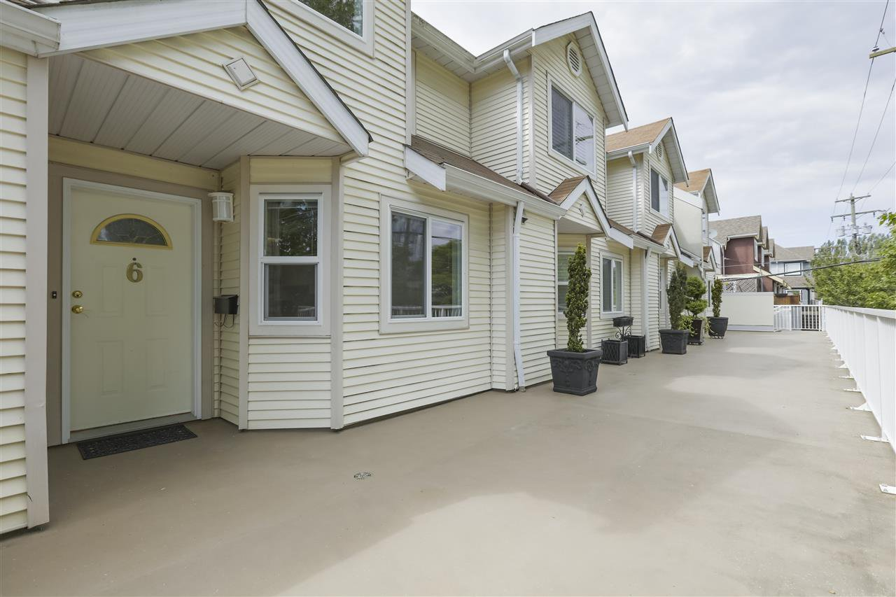 Photo 20: Photos: 6 4703 51 STREET in Delta: Ladner Elementary Townhouse for sale (Ladner)  : MLS®# R2372152