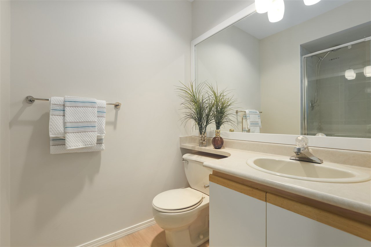 Photo 17: Photos: 6 4703 51 STREET in Delta: Ladner Elementary Townhouse for sale (Ladner)  : MLS®# R2372152